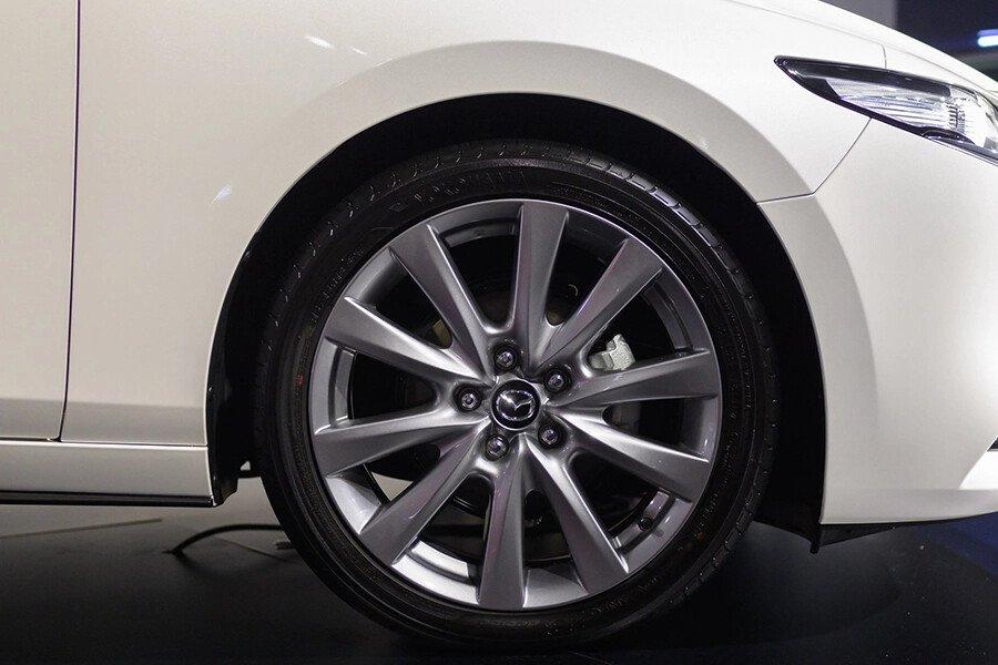 Mazda 3 Deluxe 2020 - Hình 5