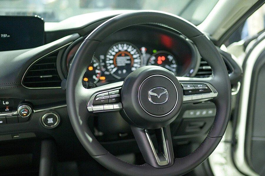 Mazda 3 Signature Premium 2020 - Hình 13