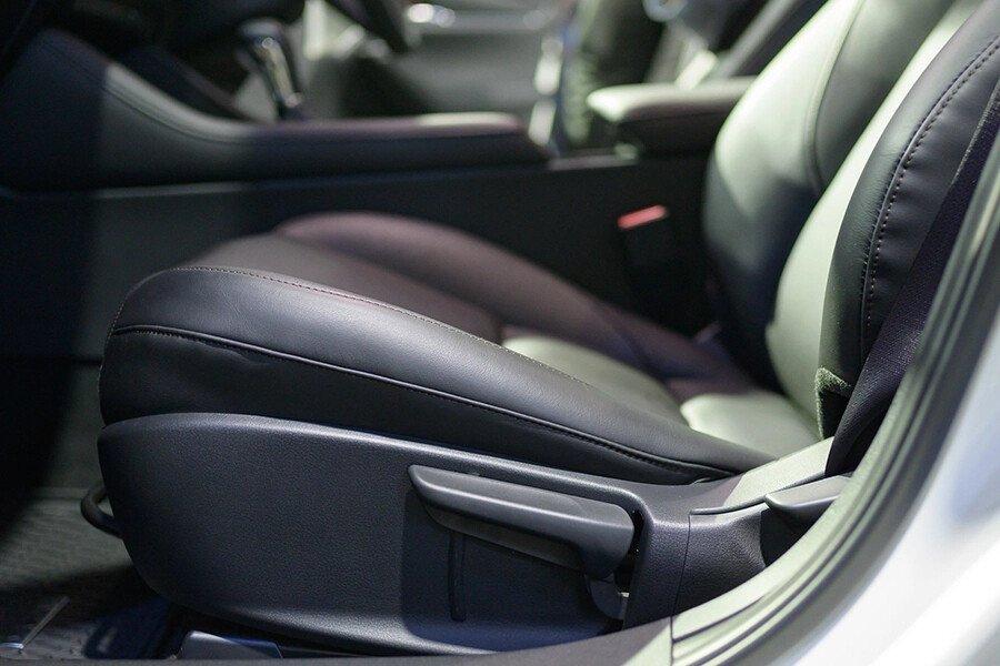 Mazda 3 Signature Premium 2020 - Hình 9