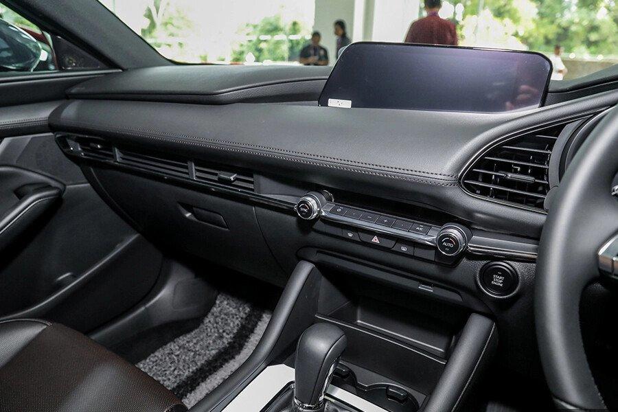 Mazda 3 Sport Deluxe 2020 - Hình 10