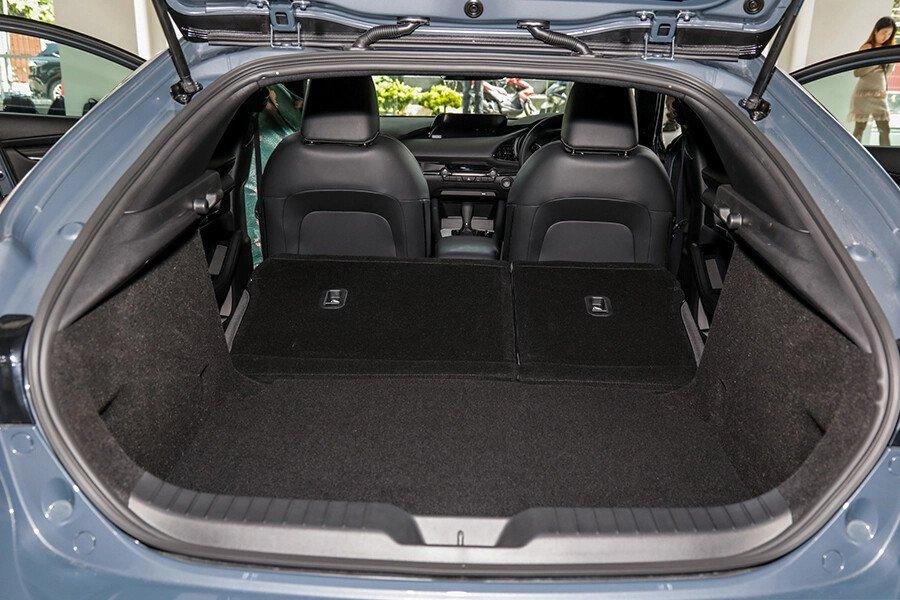 Mazda 3 Sport Deluxe 2020 - Hình 17