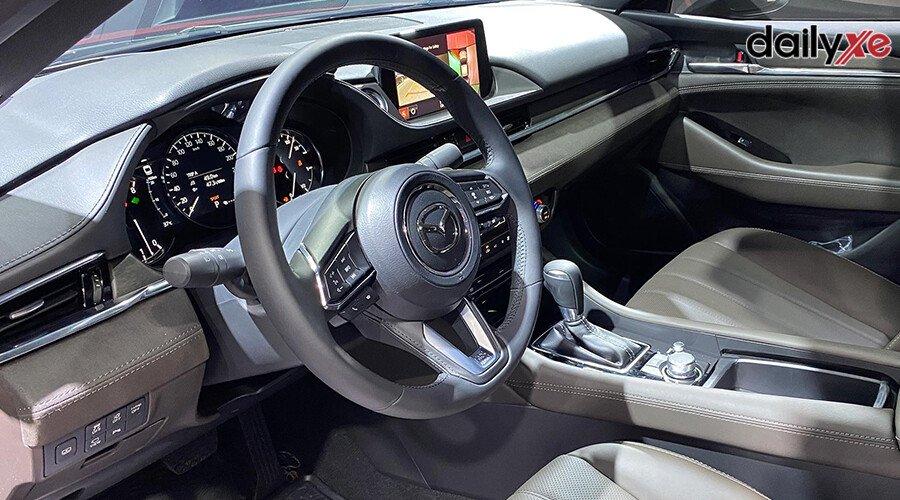 Mazda 6 2.5L Signature Premium 2020 - Hình 13