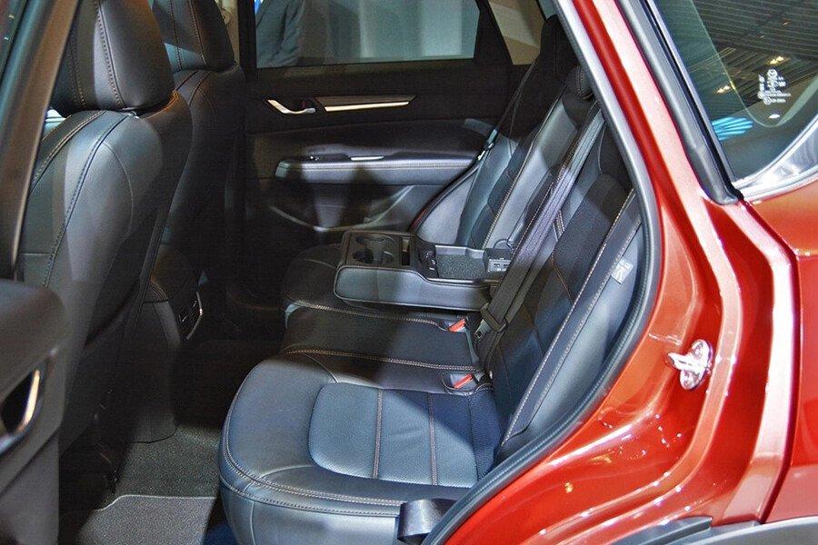 Mazda  CX-5 Signature Premium 2WD - Hình 9