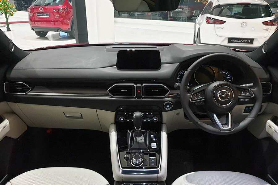 Mazda CX-8 Deluxe 2WD - Hình 11