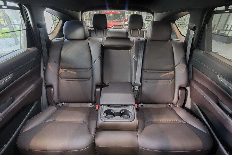 Mazda CX-8 Luxury - Hình 15
