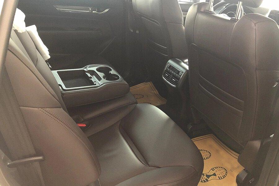 Mazda CX-8 Luxury - Hình 16
