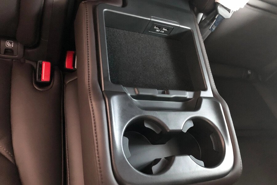 Mazda CX-8 Luxury - Hình 19