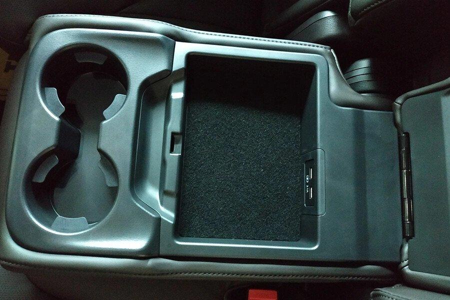 MAZDA CX-8 PREMIUM 2WD - Hình 18