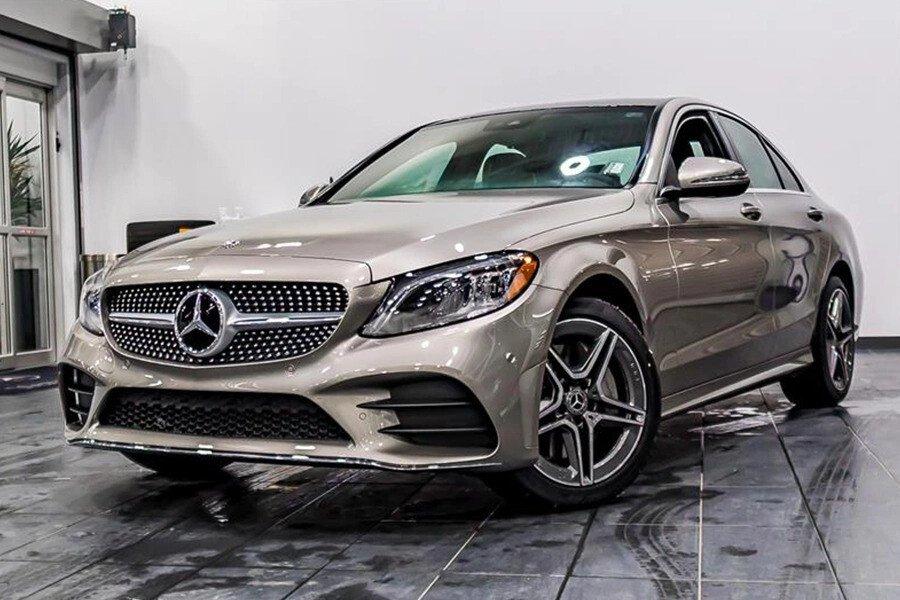 Mercedes-AMG C300 2019 - Hình 1