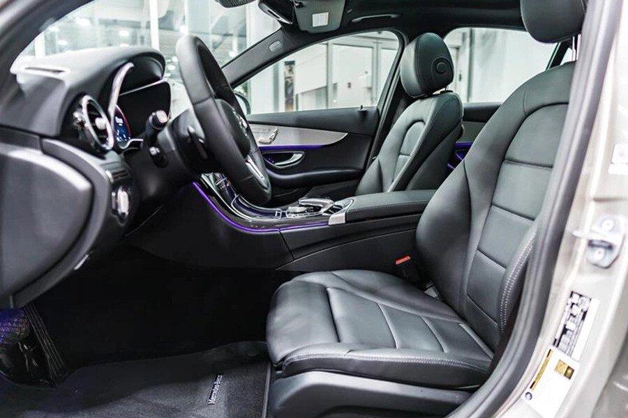 Mercedes-AMG C300 2019 - Hình 14