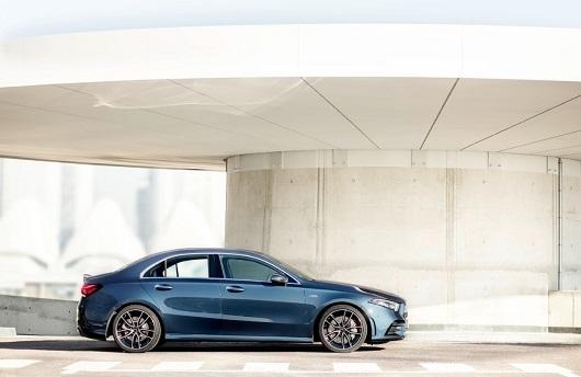 Mercedes-Benz A200 - Hình 15