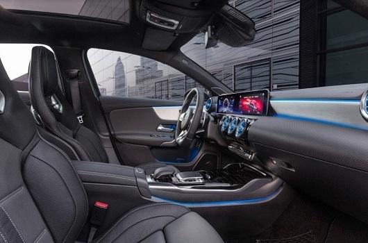 Mercedes-Benz A200 - Hình 18