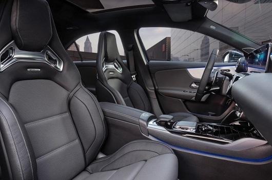 Mercedes-Benz A200 - Hình 23
