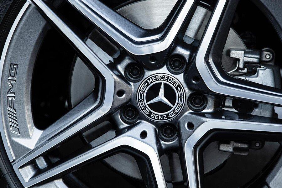 Mercedes-Benz C180 AMG - Hình 6