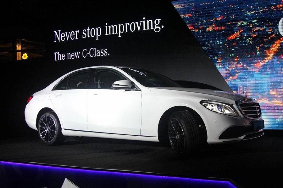 Mercedes-Benz C200 4Matic 2019 - Hình 4