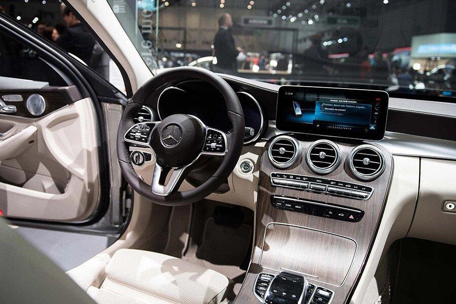 Mercedes-Benz C200 Exclusive 2019 - Hình 10