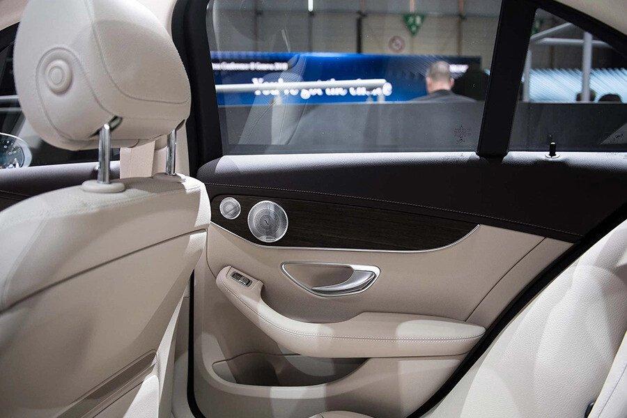 Mercedes-Benz C200 Exclusive 2019 - Hình 15