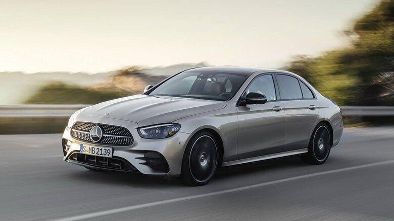 Mercedes-Benz E200 Exclusive - Hình 1