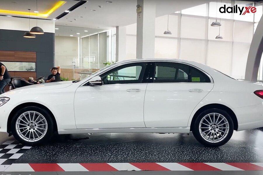 Mercedes-Benz E200 Exclusive 2021 - Hình 11