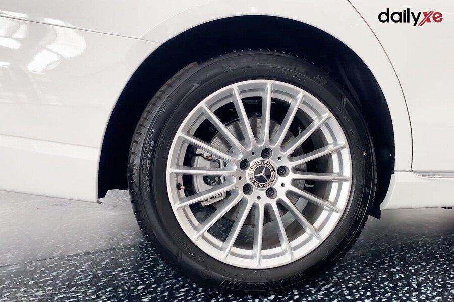 Mercedes-Benz E200 Exclusive 2021 - Hình 13
