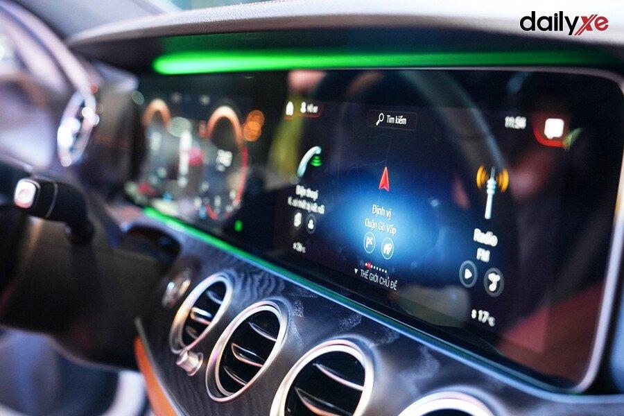 Mercedes-Benz E200 Exclusive 2021 - Hình 21