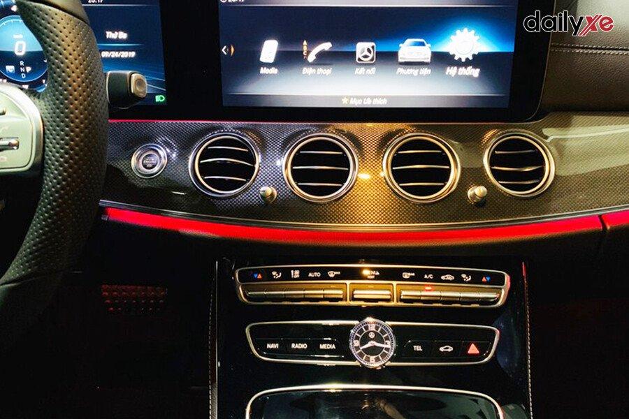 Mercedes-Benz E200 Exclusive 2021 - Hình 23