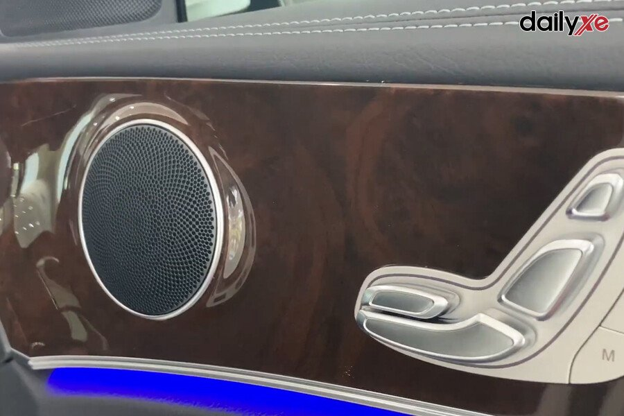 Mercedes-Benz E200 Exclusive 2021 - Hình 29