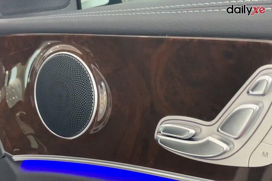 Mercedes Benz E300 AMG - Hình 27