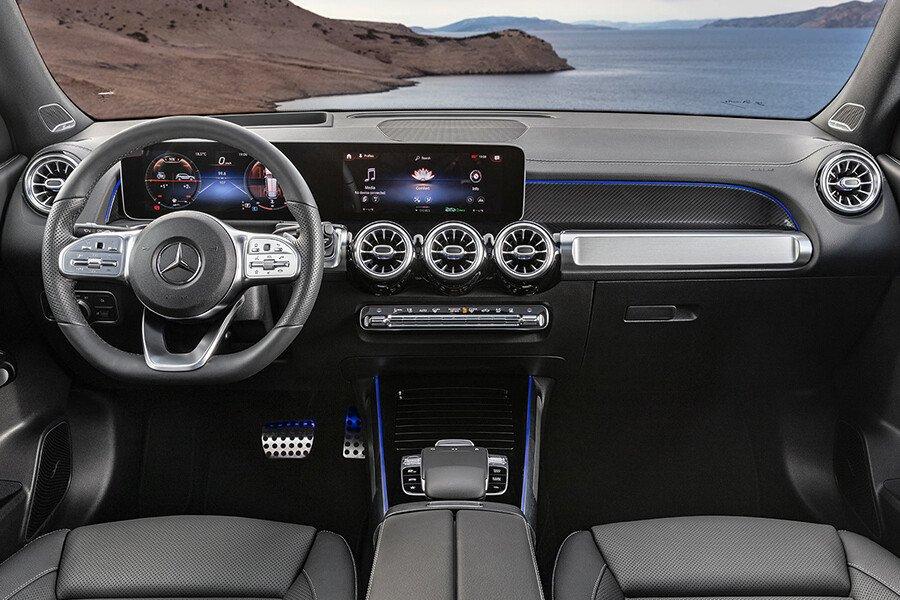 Mercedes-Benz GLB 200 AMG - Hình 17