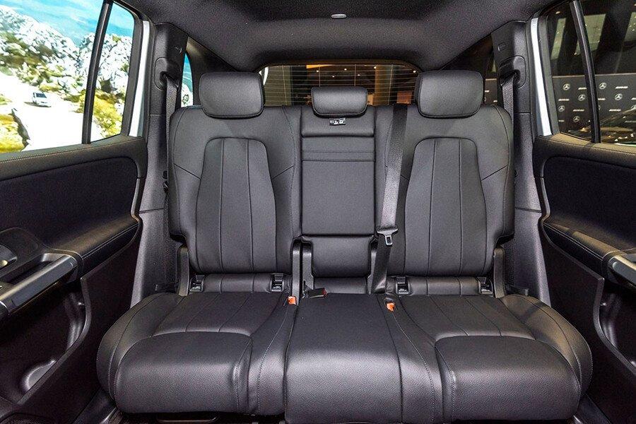 Mercedes-Benz GLB 200 AMG - Hình 25