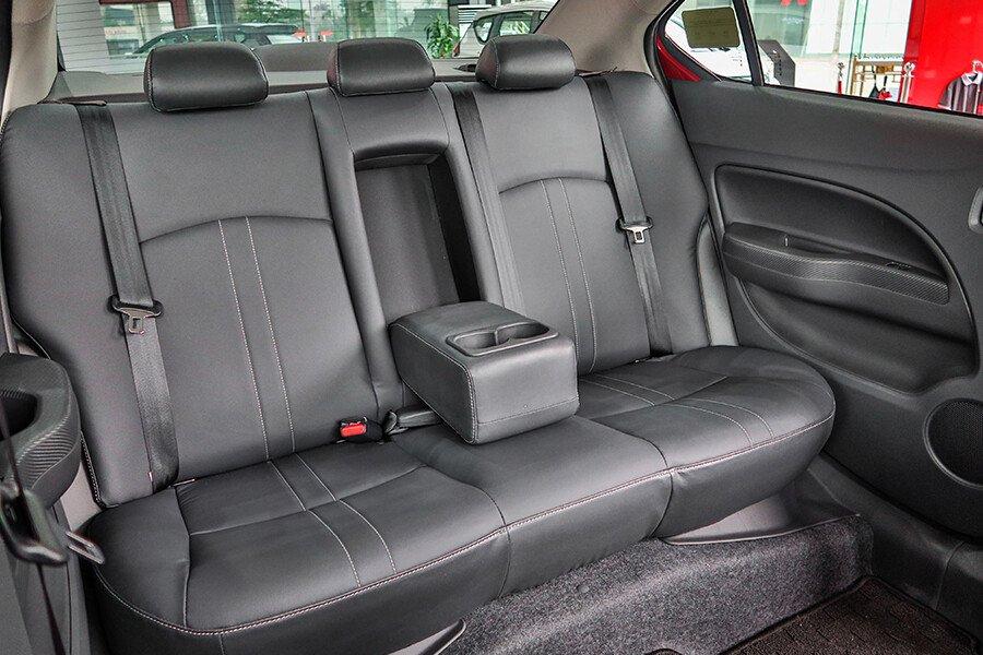 Mitsubishi Attrage CVT Premium - Hình 29