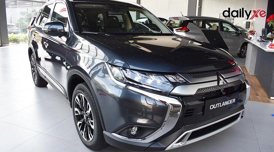Mitsubishi Outlander 2.0 CVT - Hình 1