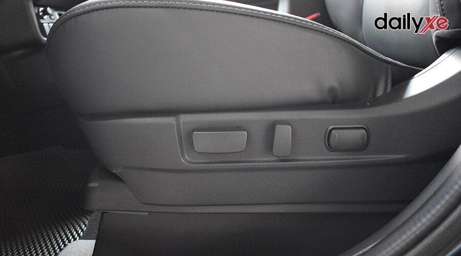 Mitsubishi Outlander 2.0 CVT - Hình 13