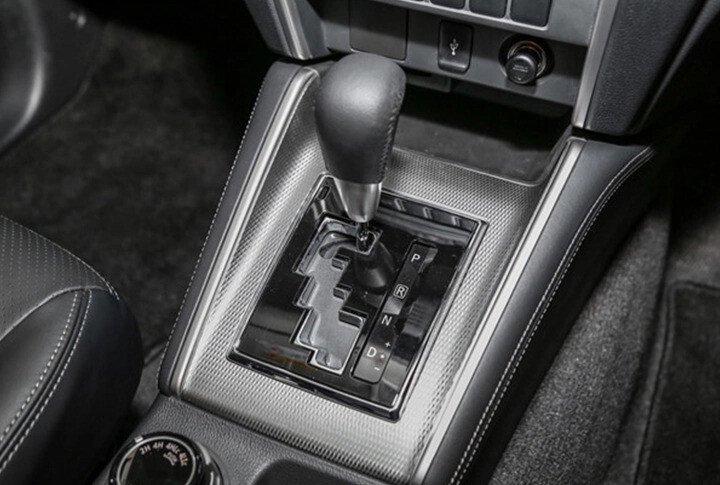 Mitsubishi Triton 4x2 AT Mivec - Hình 17
