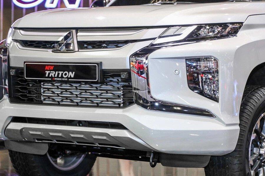 Mitsubishi Triton 4x2 AT Mivec - Hình 4