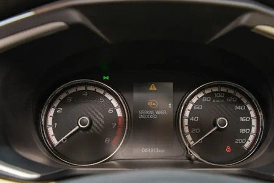 Mitsubishi Xpander AT (Máy xăng) - Hình 17