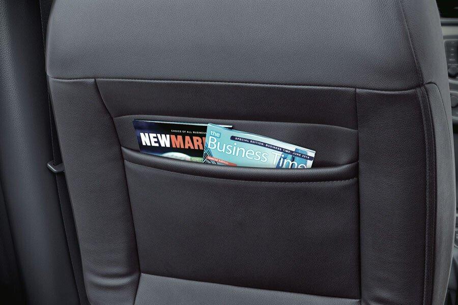 Túi đựng đồ sau lưng ghế trước