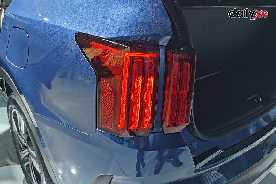 New KIA Sorento Luxury D2.2 (Máy dầu) - Hình 17