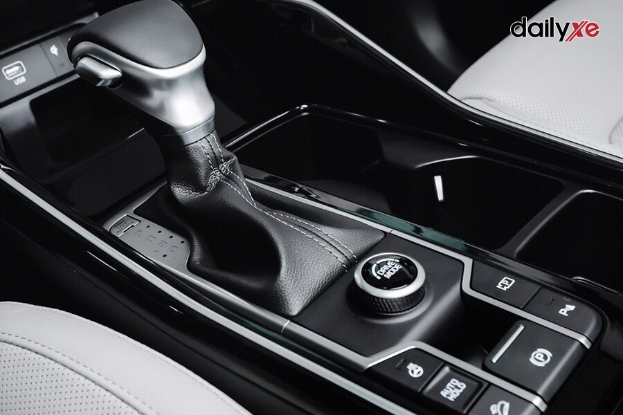 New KIA Sorento Luxury D2.2 (Máy dầu) - Hình 35