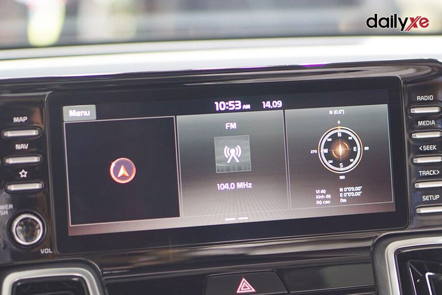 New KIA Sorento Luxury G2.5 (Máy xăng) - Hình 21