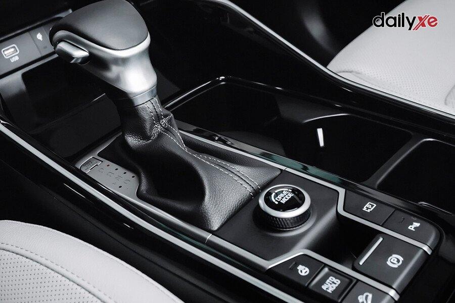 New KIA Sorento Premium G2.5 (Máy xăng) - Hình 31