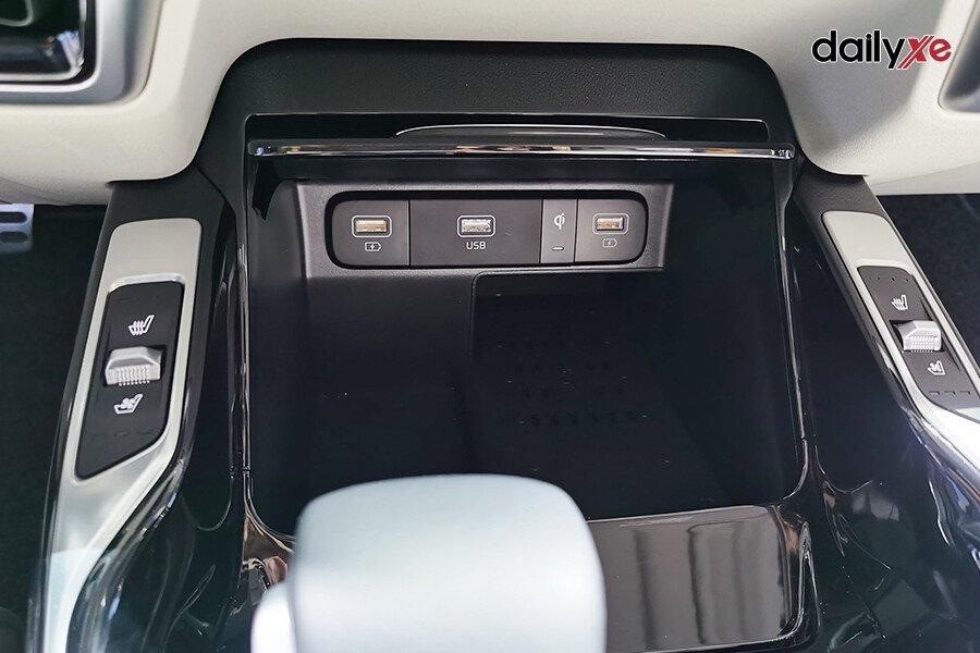 New KIA Sorento Signature D2.2 Diesel (6 Ghế Máy dầu) - Hình 16