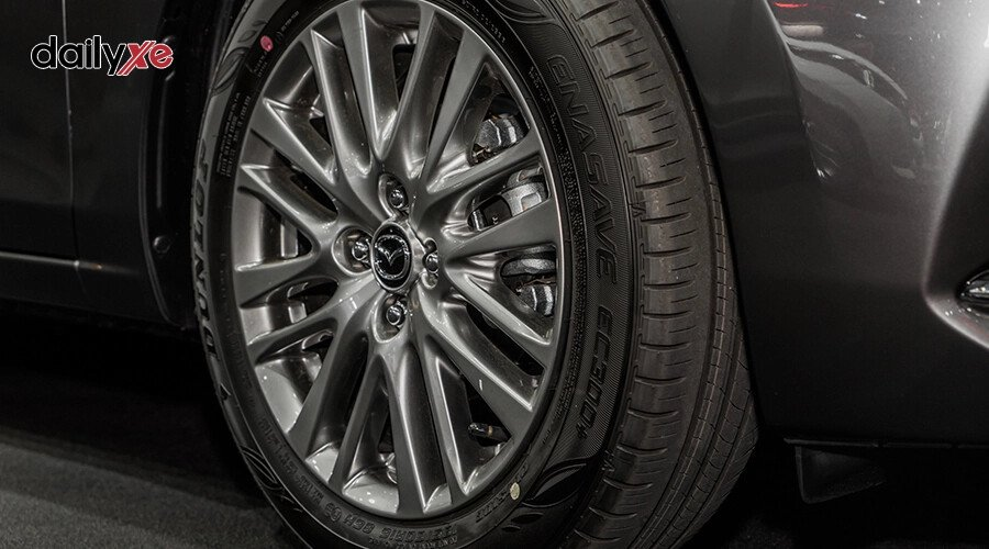 New Mazda2 1.5 Deluxe - Hình 7