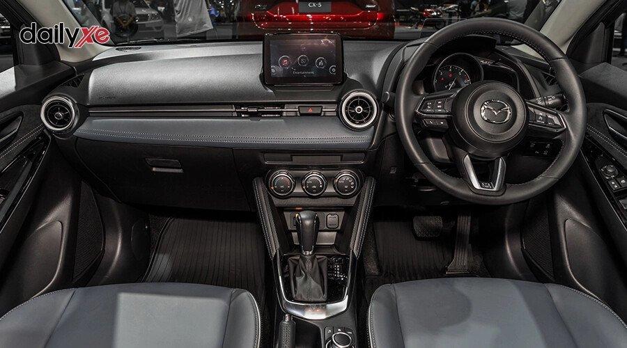 New Mazda2 1.5 Luxury - Hình 11