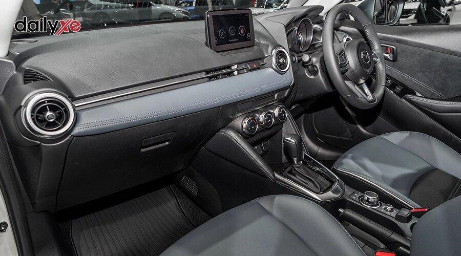 New Mazda2 1.5 Sport  Luxury - Hình 13