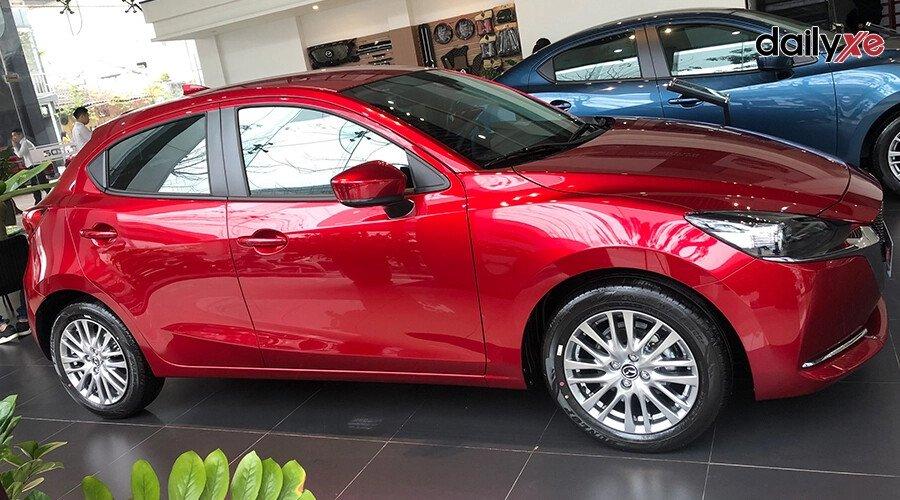New Mazda2 1.5 Sport  Luxury - Hình 2