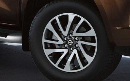 Nissan Navara EL Prenium R (Máy dầu) - Hình 33