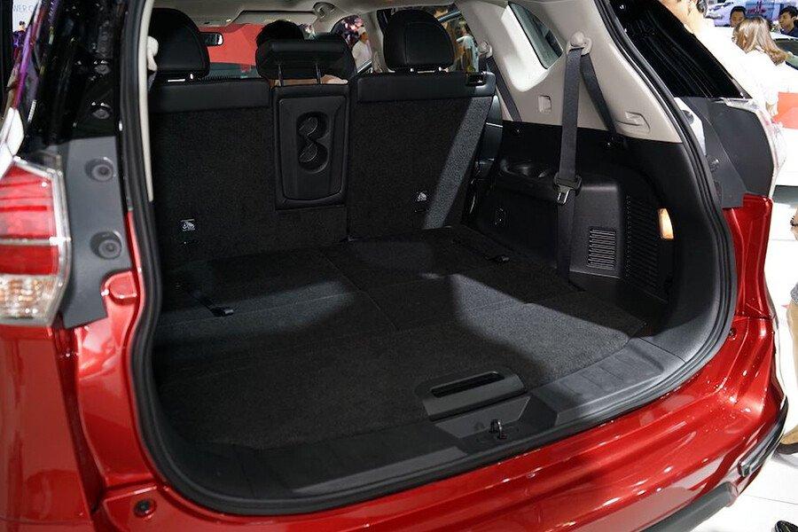 Nissan X-Trail V-Series 2.0 SL Premium (Máy xăng) - Hình 15
