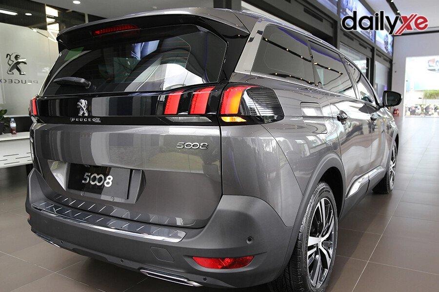 Peugeot 5008 - Hình 3