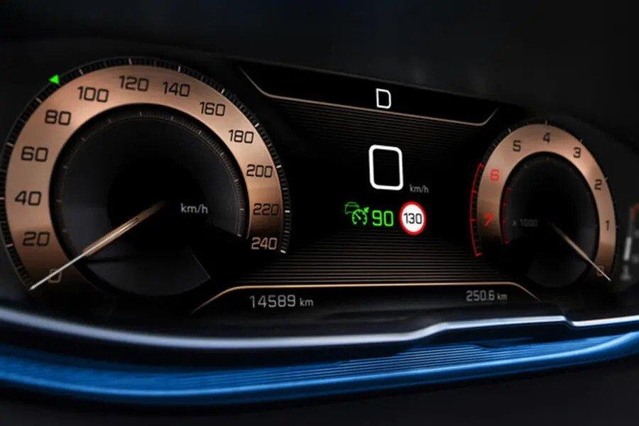 Peugeot 5008 - Hình 7